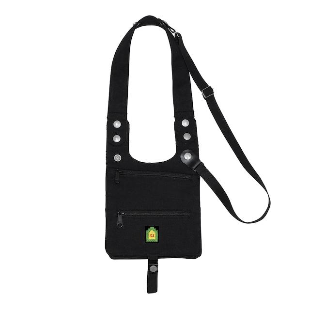 C.E/CAVEMPT HOLDER BAG BLACK