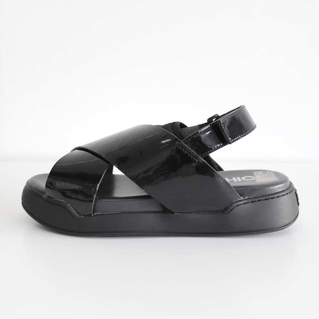 ORPHIC STACK SANDAL BLACK PATENT