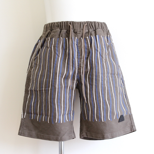 C.E/CAVEMPT STRIPE SHORTS