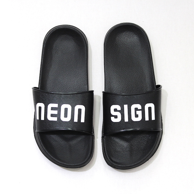NEONSIGN SHOWER SANDALS