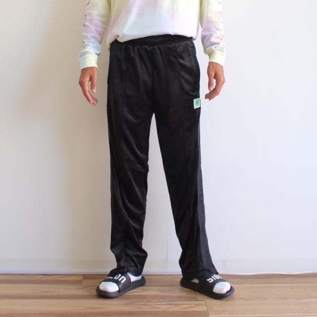 JIEDA × ellesse LOGO LINE PANTS BLACK