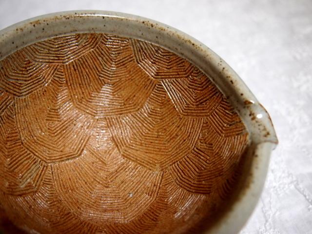ウサギのすり鉢
