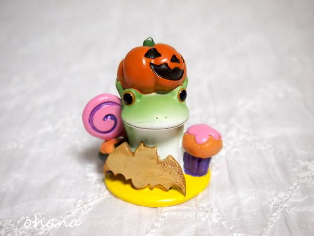 お菓子とカエル