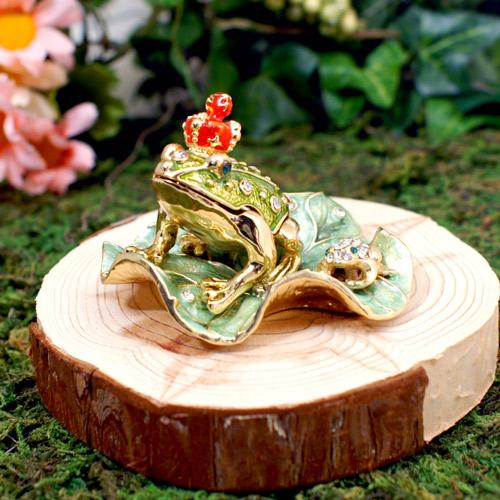 王冠カエル