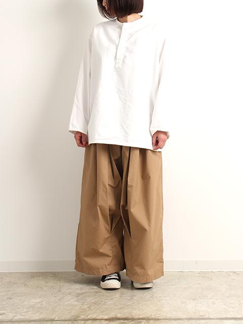 ロシア軍スリーピングシャツホワイトサイズ46