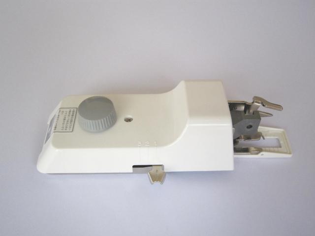 職業用ミシン ボタン穴かがり器 B−6TA 駒5個付 き