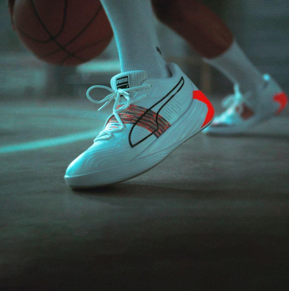 195684-01 /フュージョン ニトロ スペクトラ バスケットボール シューズ / PUMA / プーマ
