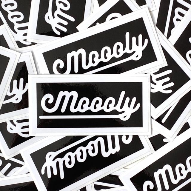 MLYSTICKER-BOXLOGO/ Moooly / モーリー / 山内 盛久 / ステッカー