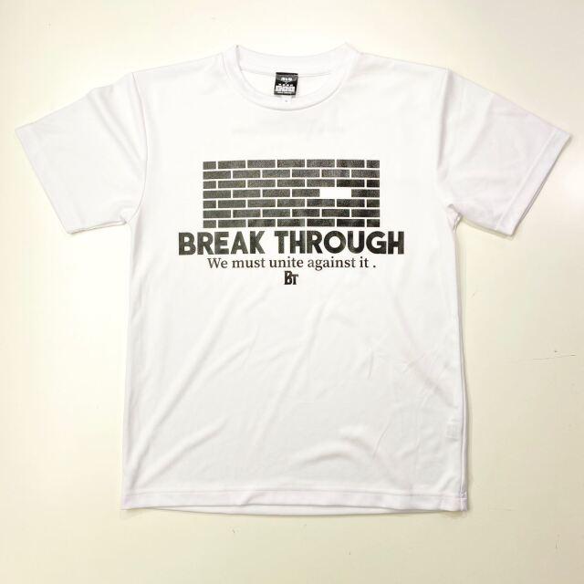 【ポリエステル】 BREAK THROUGH WALL/ 琉球新報×ステップバイステップ / コラボTシャツ / ホワイト / BTW-2002-wht