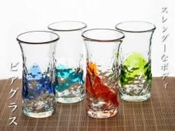 琉球ガラスのみずみずしいスレンダーなビアグラス