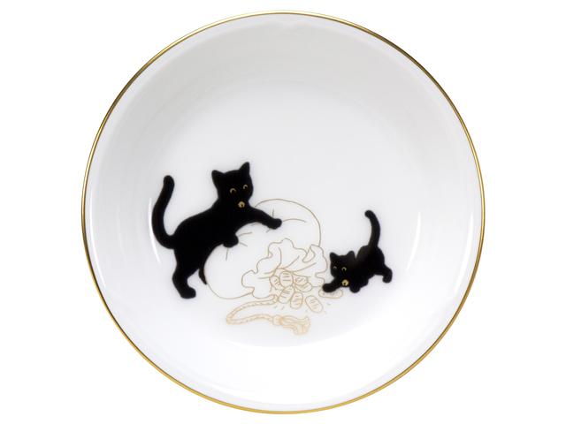 『黒猫親子』-縁起物語- 豆皿その1「宝袋」