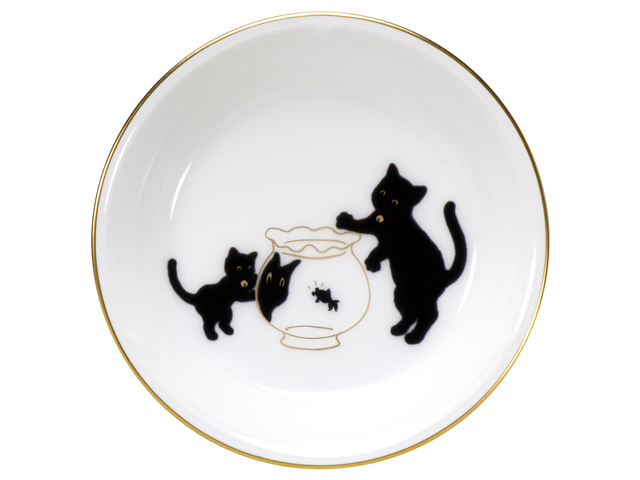 『黒猫親子』-縁起物語- 豆皿その2「金魚」