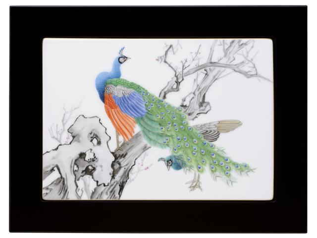 【手描き】百鳥画譜 孔雀と紅梅 陶額【100周年記念作品】