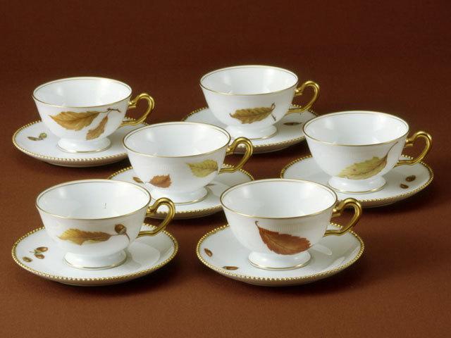 大倉陶園 「どんぐりのバラード」碗皿セット