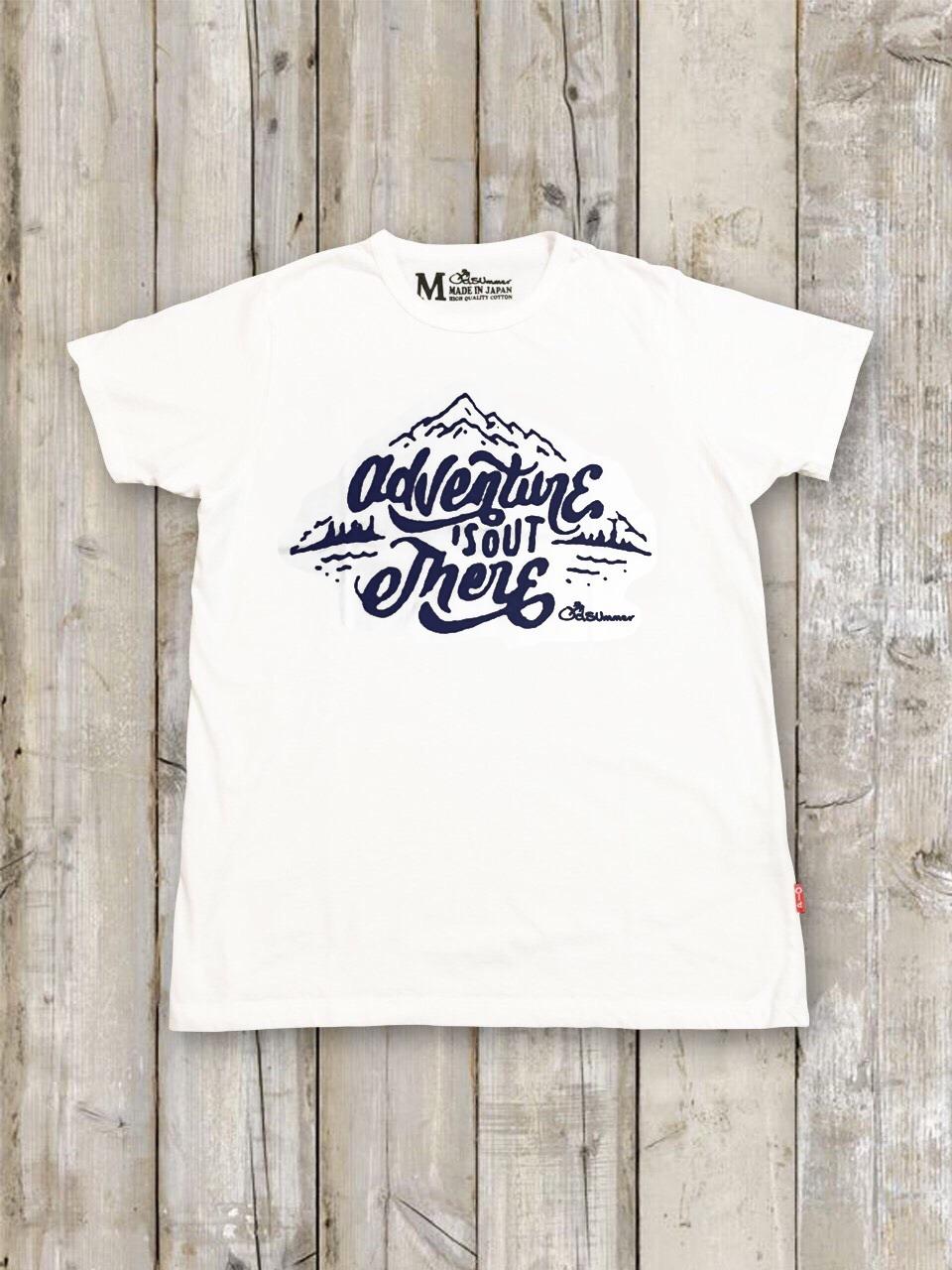 クルーネックTシャツ(adventure is out there)