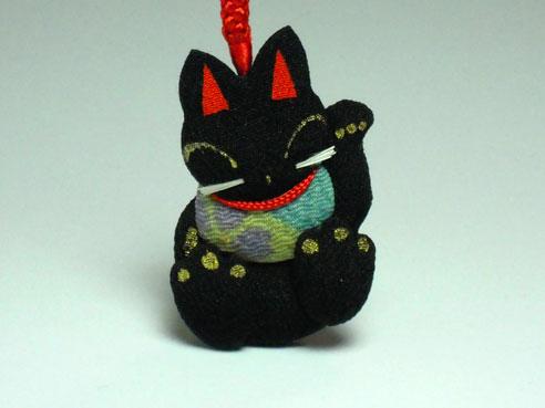ちりめん細工 黒猫ストラップアップ