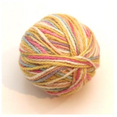 レインボーカラー毛糸草木染 パステル色 25gのイメージ1