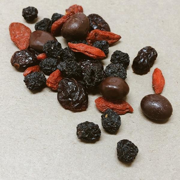 オーガニック ポケットフィット ダークチョコ&スーパーフルーツのイメージ2