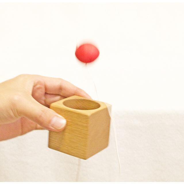 カップ・ケン玉の遊び方