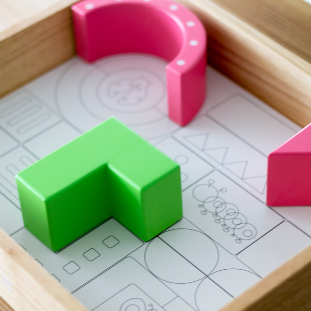 型はめ遊び木箱