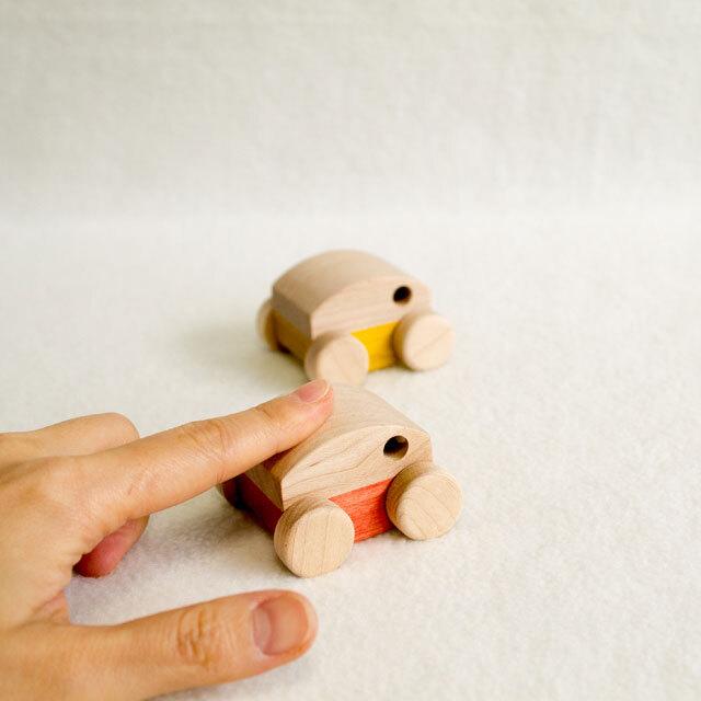 手作りくるまのおもちゃ