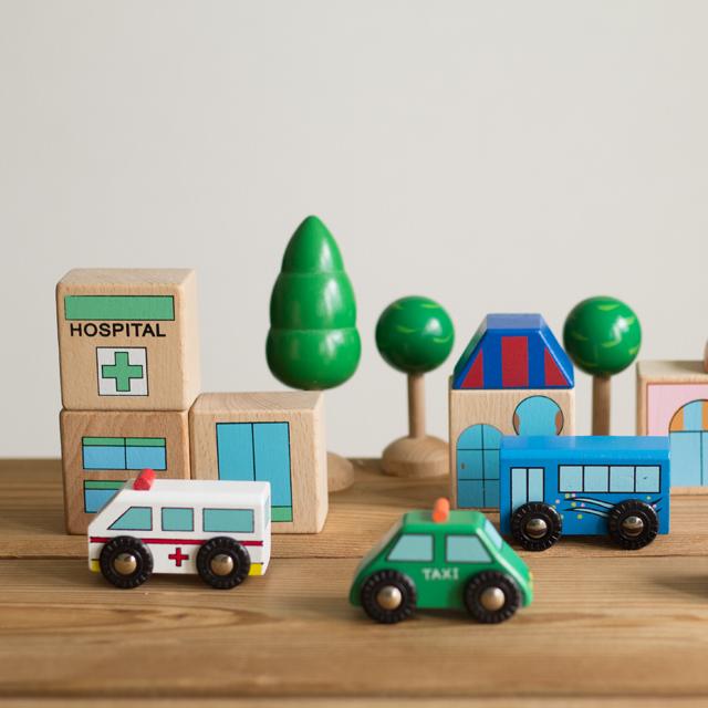 木製汽車セット部品の車