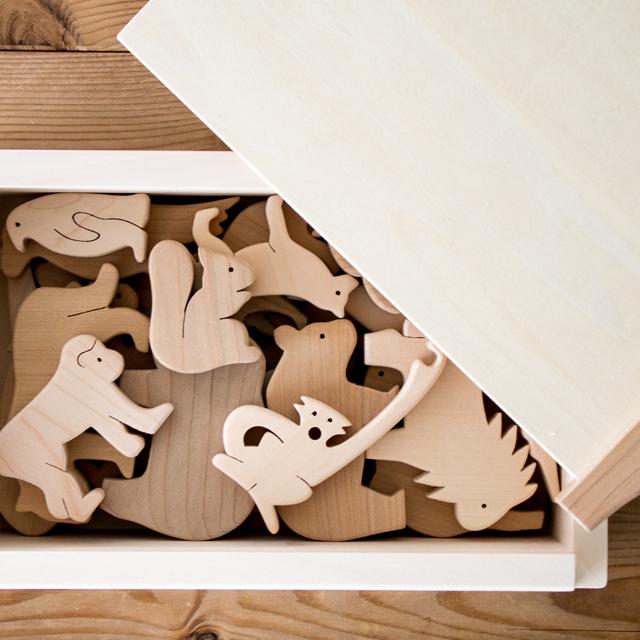 木のZOO木箱に入っている様子
