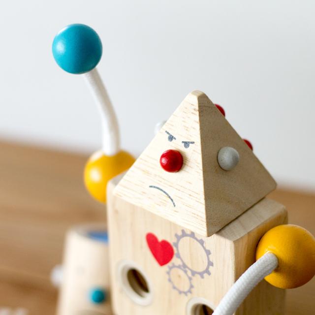 ロボット三角顔