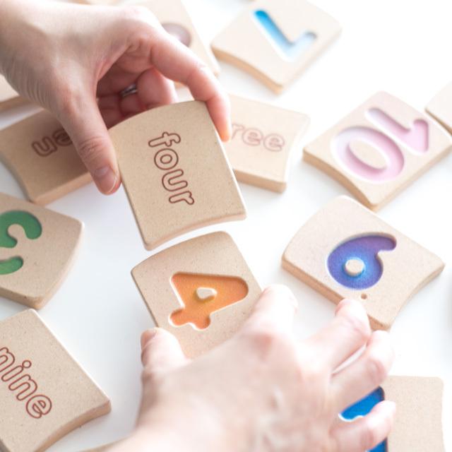 アルファベットと数字合わせ
