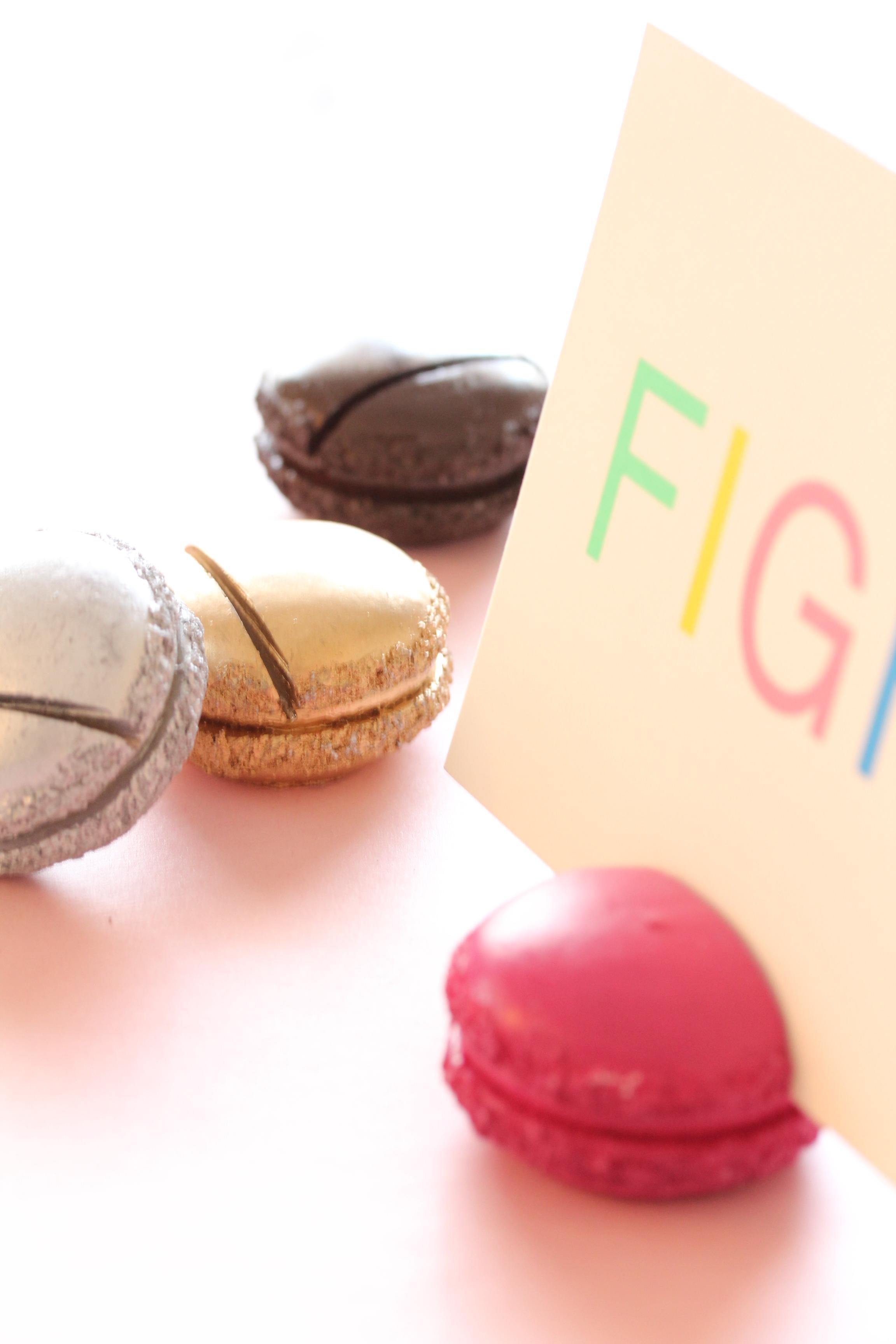 フランス雑貨・Macaronカードスタンド