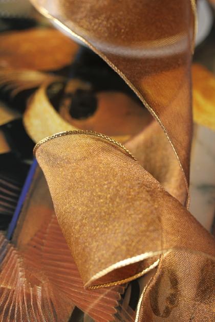 フランス製ワイヤーリボン・Gold edgeオーガンジー Brown 68ミリ幅