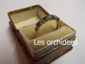 antique エメラルドダイアモンド一文字リング