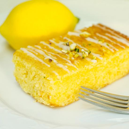 【レモンケーキ4号 直径12センチ】※添加物不使用 皮まで食べられるエコレモン使用 パティシエ手作り