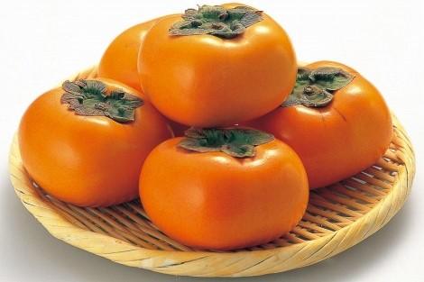 平核無柿 1個 (和歌山産など)