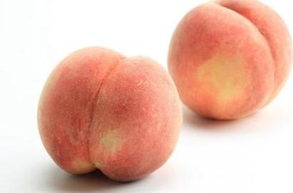桃 山梨産など 1パック=2個