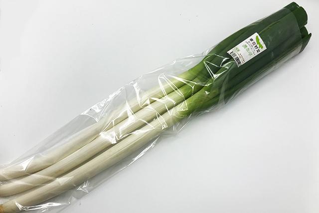 【東京野菜】 長ネギ3-4本 ※金・土曜日のみお届け可能 (清瀬産など)