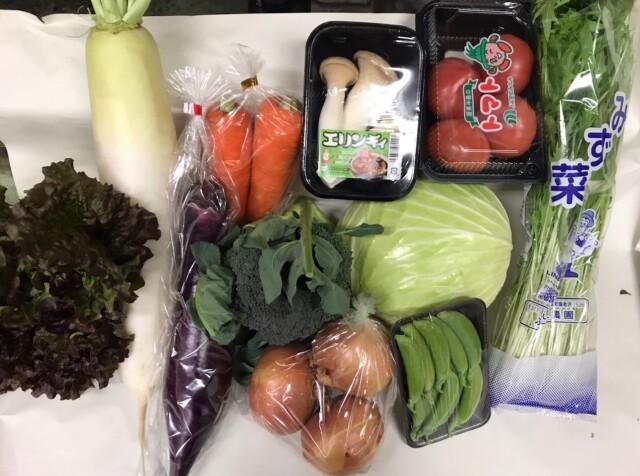 市場のおまかせ野菜セット(11種類) *セット内容のご要望承ります!!