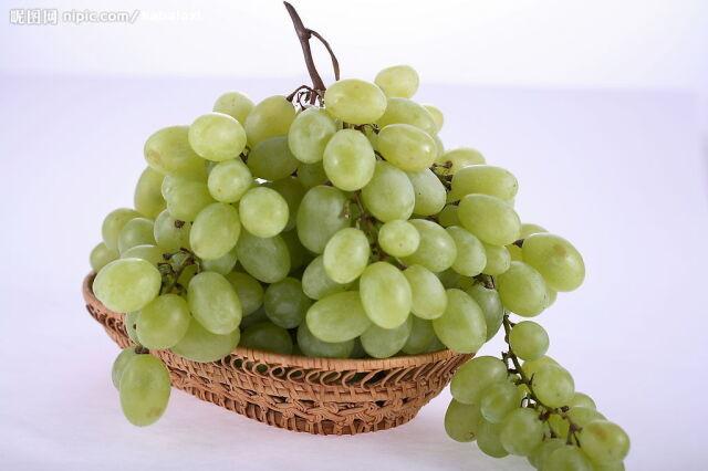 輸入ぶどう(緑)  アメリカ産など  1パック=300g