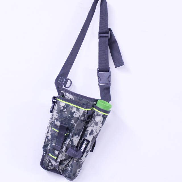 動きやすい ロッドホルダー付 フィッシングバッグ 道具箱付 (600008)