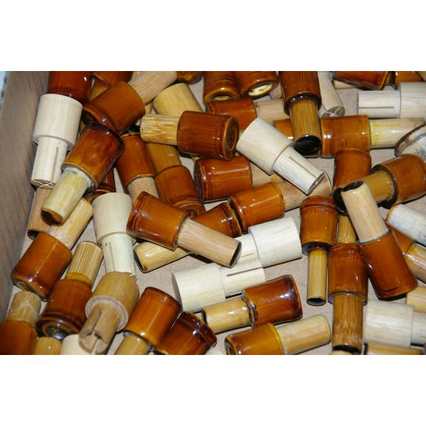 【アウトレット】在庫処分品 へら道具、木、竹製、竿掛け、用口栓 100個 (out-iwa-170901-517)