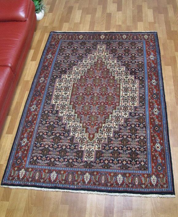 ペルシャ絨毯、リビングサイズ
