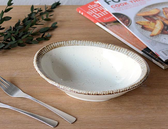 ふちサビ 楕円鉢