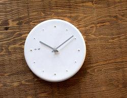 陶器の時計 白化粧