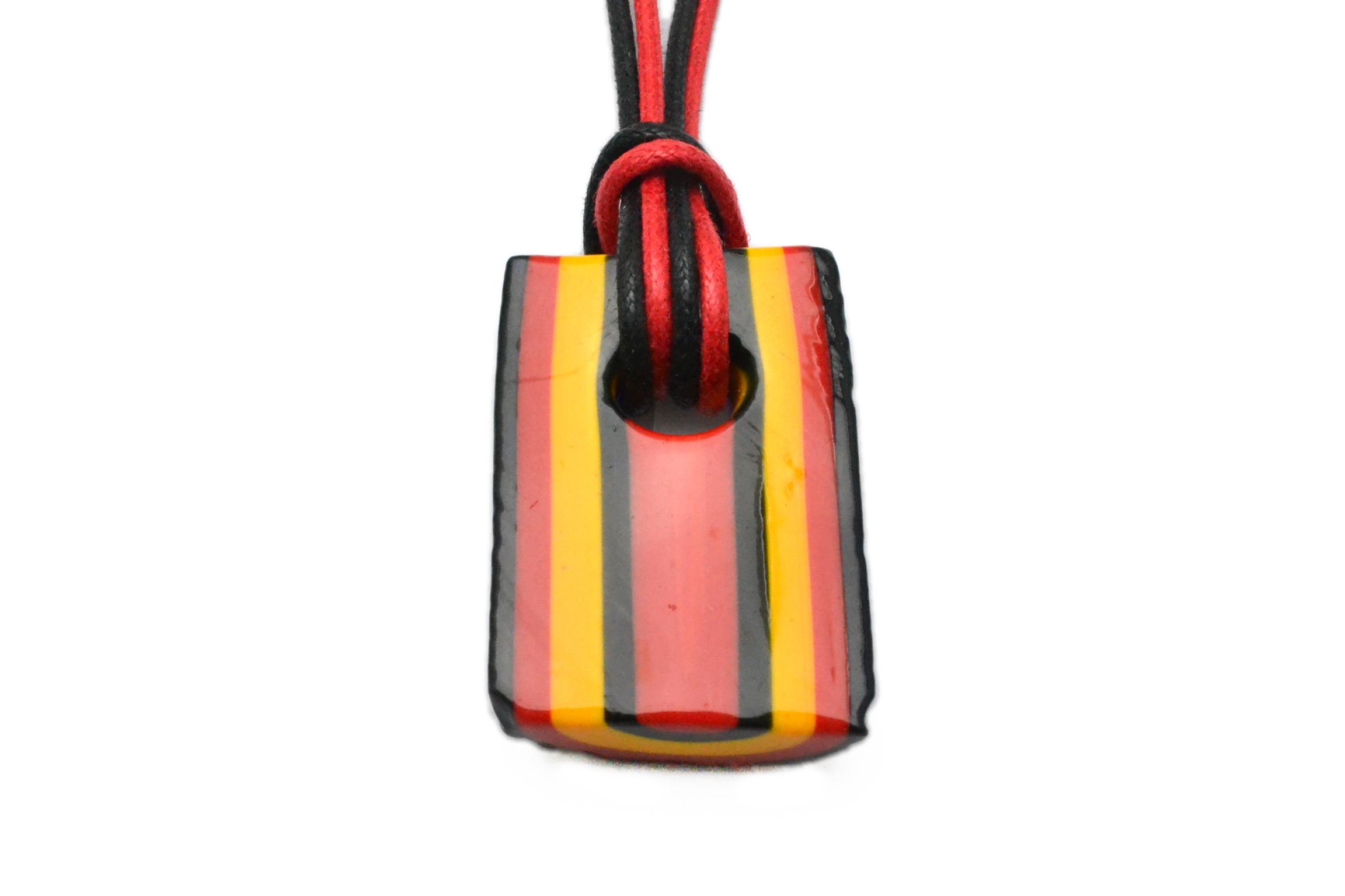 ムラーノグラスペンダント トロンケッティ レッド×オレンジ×ブラック フリーサイズネックレス付き