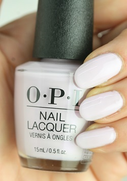 OPI(オーピーアイ) NL-G47 Frenchie Likes To Kiss?(Pearl)(フレンチー ライクス トゥ キス?)