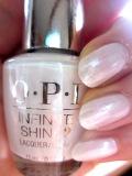 OPI INFINITE SHINE(インフィニット シャイン) IS-L34 Pearl of Wisdom(パール オブ ウィズダム)