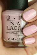 OPI(オーピーアイ) NL-F82 Getting Nadi On My Honeymoon(Creme)(ゲッティング ナンディ オン マイ ハネムーン)