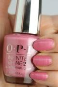 OPI INFINITE SHINE(インフィニット シャイン) IS-LG01 Aphrodite's Pink Nightie(pearl)(アフロダイツ ピンク ナイティ) マニキュア ネイルカラー ネイルポリッシュ セルフネイル 速乾 ピンク 人気色 マット 薄いピンク