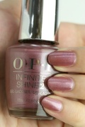 OPI INFINITE SHINE(インフィニット シャイン) IS-LI63 Reykjavik Has All the Hot Spots(Pearl)(レイキャヴィク ハズ オール ザ ホット スポット) opi マニキュア カラー ポリッシュ セルフネイル 速乾 ピンク モーブ 紫 パール