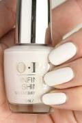 OPI INFINITE SHINE(インフィニット シャイン) IS-LL26 Suzi Chases Portu-geese(Creme)(スージー チェイシィズ ポルトガル)